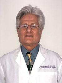 Dr William McMunn